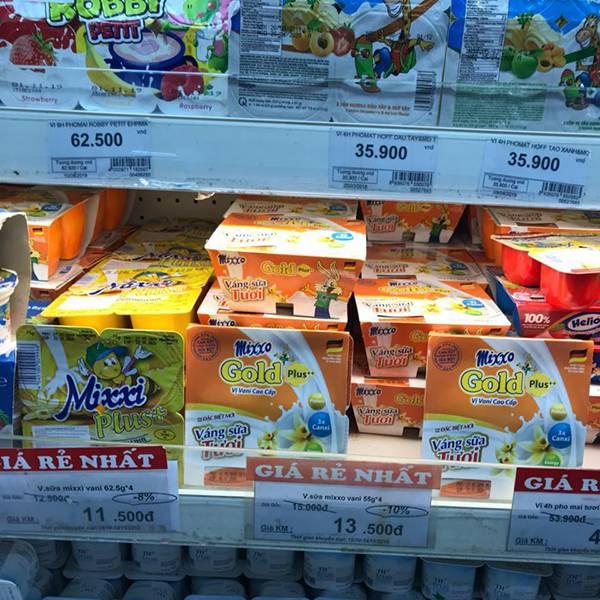 Váng sữa mixxo được bày bán rộng rãi từ siêu thị tới sàn TMĐT
